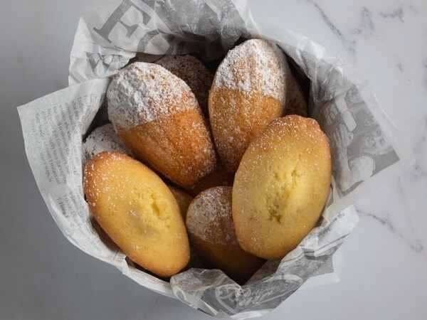 can dogs have madeleines