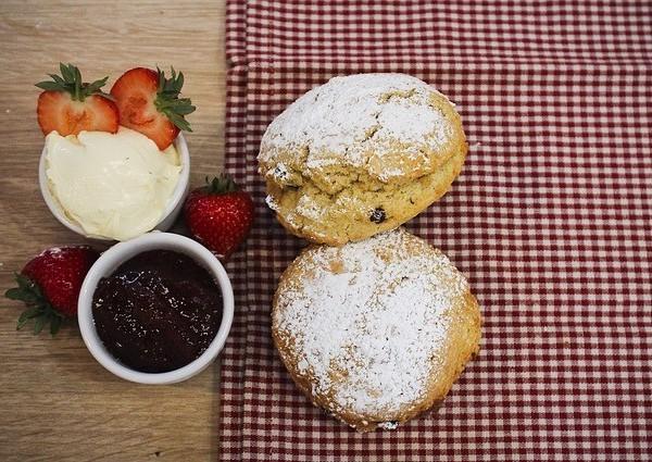 strawberry jam with scones