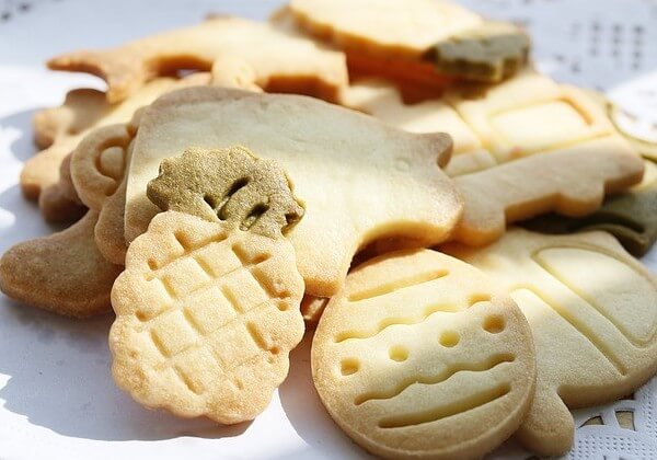 are animal crackers fattening to dogs