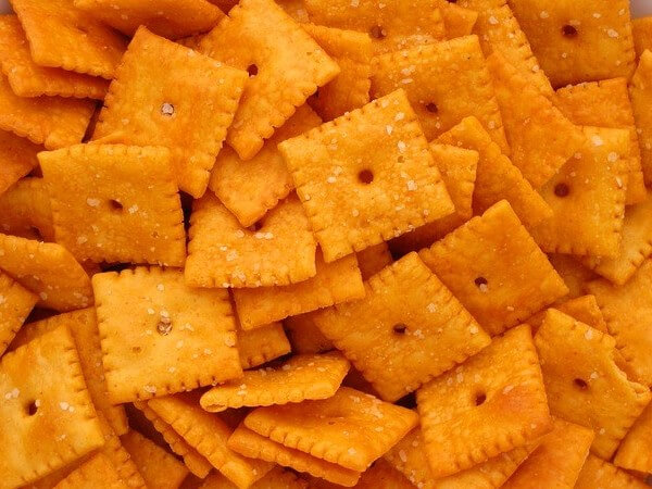 are cheez its healthy for dogs