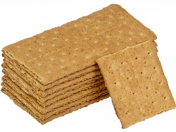 feed your dog crackers that are plain and unsalted